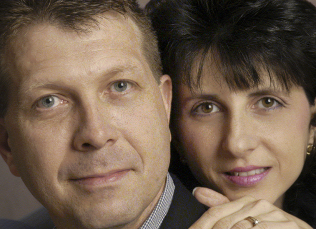 Stacy McDonald and her husband James. Source: http://familyreformation.files.wordpress.com/2007/09/mediaphoto_large.gif